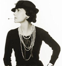 All Black w. Pearls